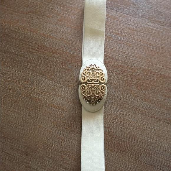 Francesca's Collections Accessories - Francesca's Waist Belt